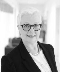 Claudia Platzer ProkuristinLeiterin Buchhaltung